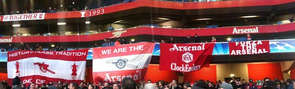 Arsenal v Barcelona flags