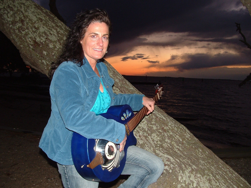 """Guitarist Ruth Wyand will perform """"Mama's Got the Blues"""" at 7 p.m. Thursday in the D.P. Culp University Center Auditorium. Doors open at 6:30 p.m. (Photograph Courtesy of www.ruthwyand.com)"""