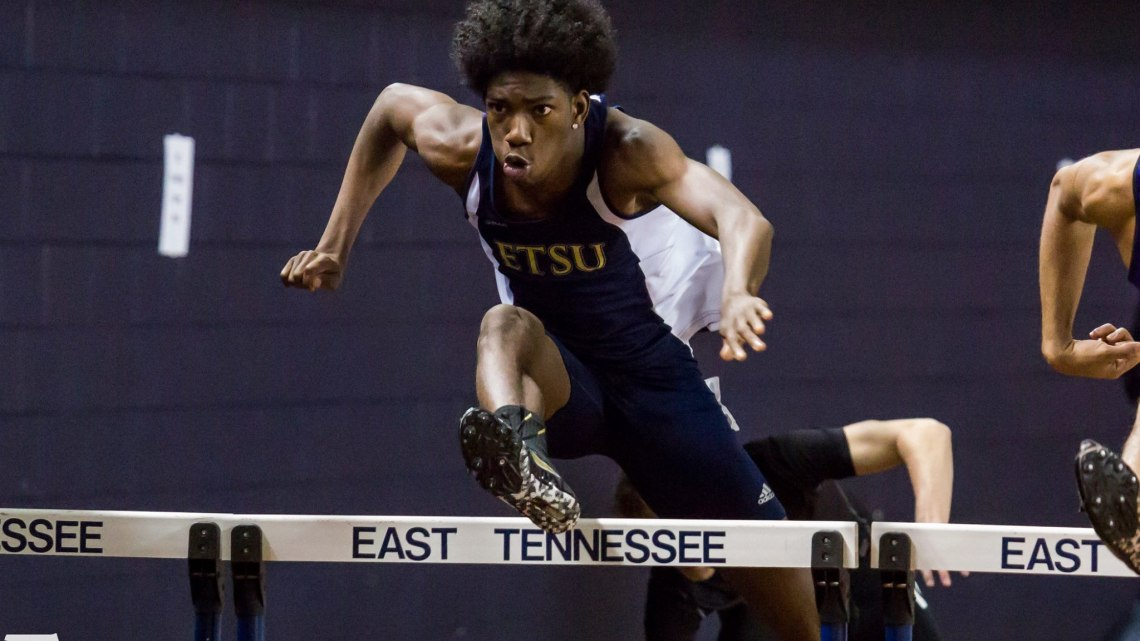 Photo from Buccaneer Invitational in Johnson City. Courtesy of etsubucs.com. Photo by Dakota Hamilton.