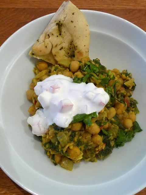 Chickpea and spinach curry. Not at all bad.