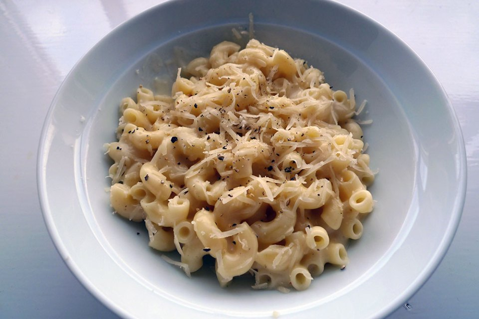 Macaroni cheese is one of the most comforting dishes around. It's quick and easy to make too.