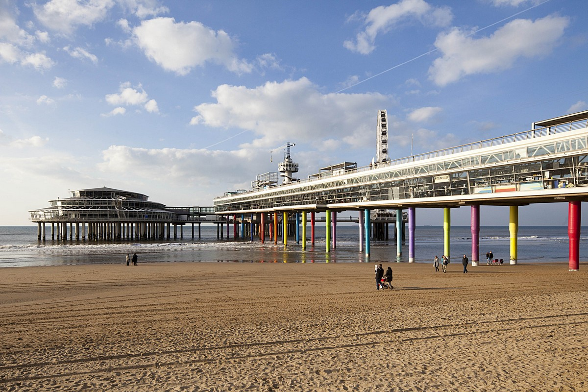 Scheveningen Beach Restaurants Easyhotel The Hague Scheveningen Beach Best Rate Guarantee