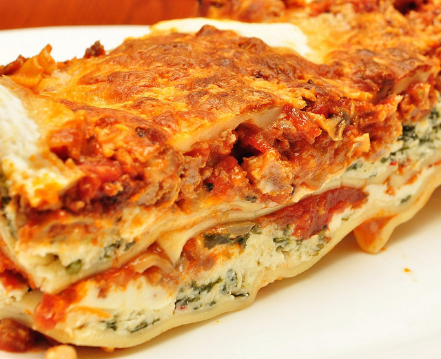 Italian Lasagna with Ricotta Cheese Recipe