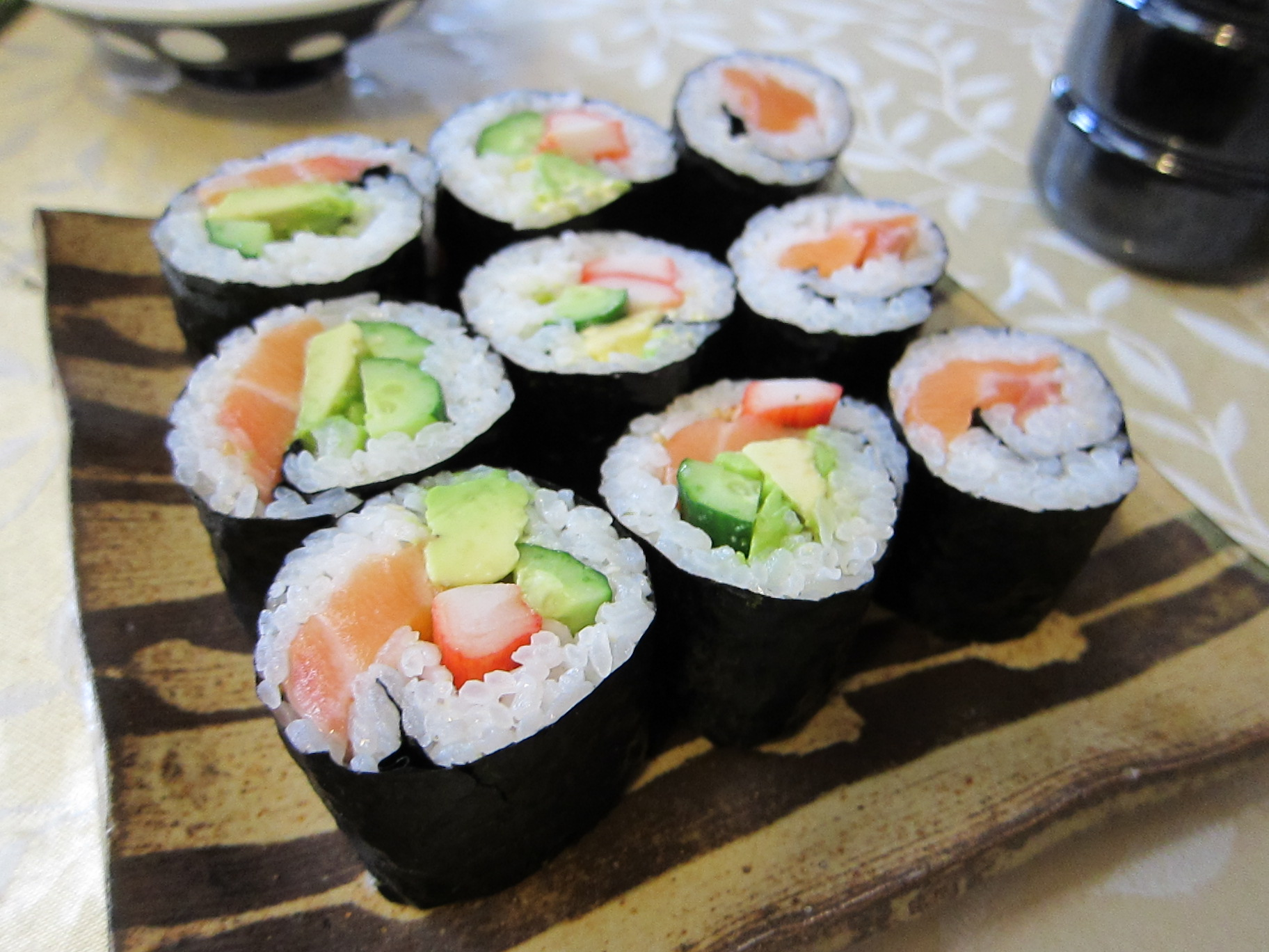 Sushi roll recipe how to make makizushi japanese for Cuisine japanese