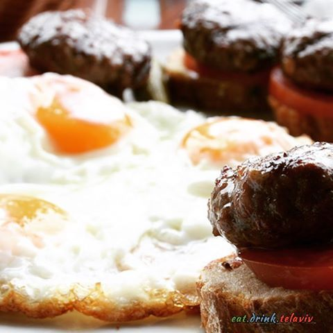 gillys breakfast eggs hamburgers protein power tlv yum love ahellip
