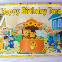 Daniel Tiger themed chocolate birthday cake and cupcakes (egg-free, whole wheat)