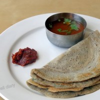 Sprouted bajra (pearl millet) dosa/pancakes (gluten-free, oil-free)