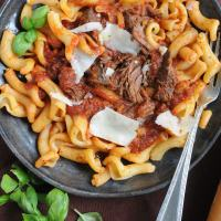 Slow Cooker Short Rib Pasta