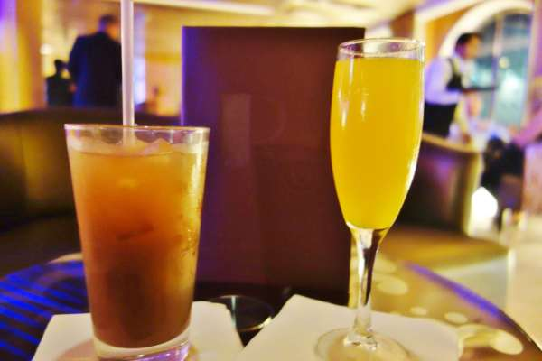 R Bar Drinks 2 Enchantment of the Seas Review