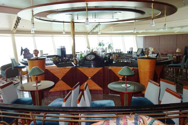 Viking Crown Lounge on Adventure of the Seas