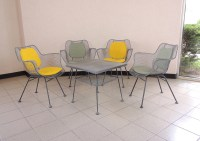 Mid Century Russell Woodard Patio Chairs with Table : EBTH