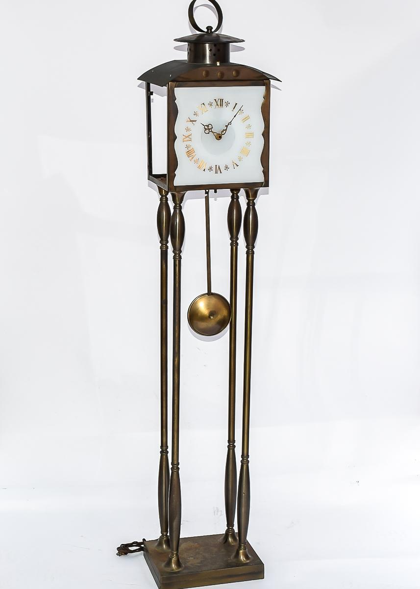 Lanshire Self Starting Clock Lamp Ebth