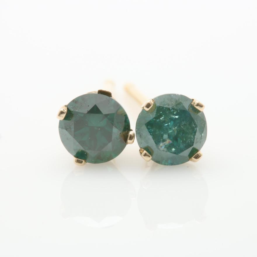 Green Diamond Stud Earrings Green Diamond Stud Earrings 1