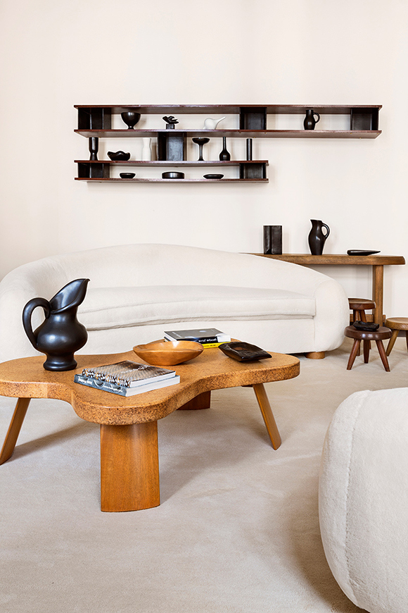 eclectic trends a collector 39 s home of midcentury design in berlin eclectic trends. Black Bedroom Furniture Sets. Home Design Ideas