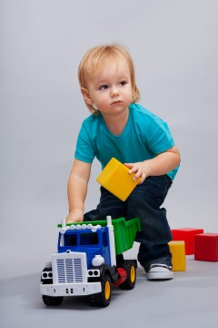 U.S. PIRG Trouble in Toyland 2012:  Don't give dangerous toys this holiday season