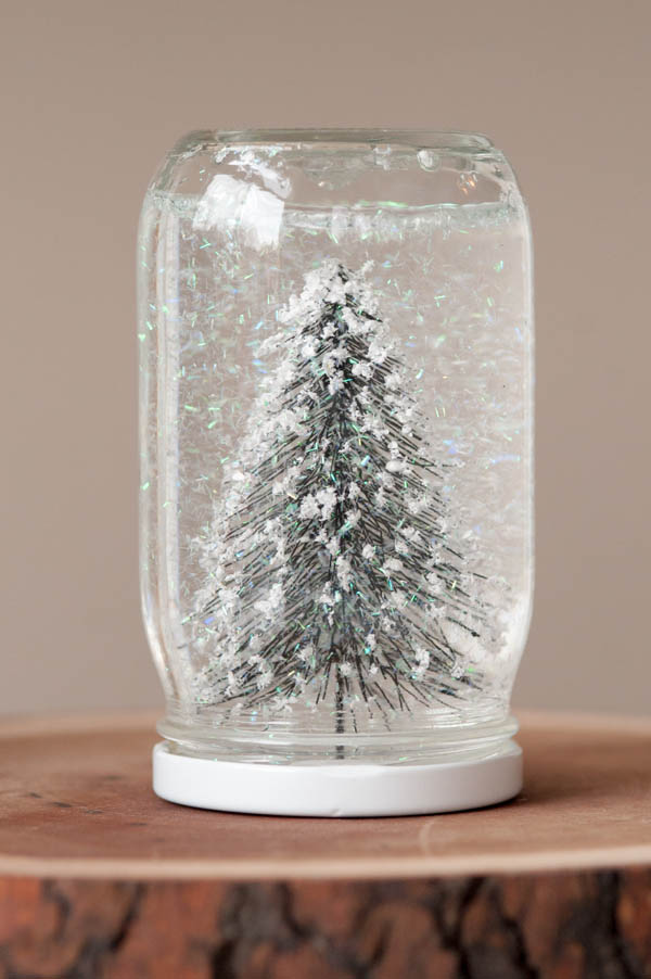 10 eco friendly christmas crafts for diy kids eco child for Snow globe craft for kids