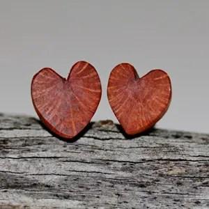 Sustainable wood heart earrings #valentinesday