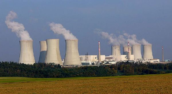 "Nuclear power plants can produce hydrogen to fuel the ""hydrogen economy"""
