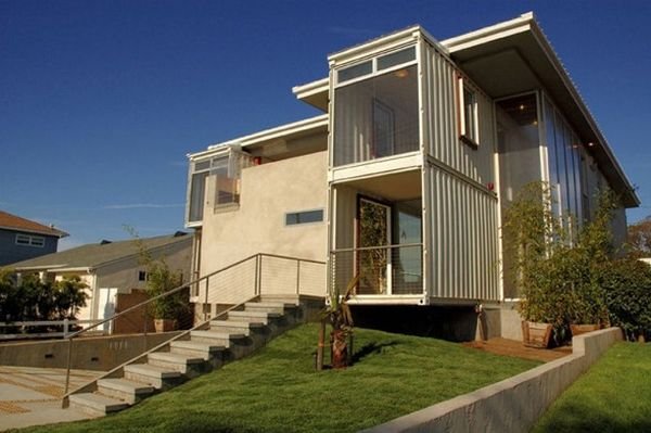 Redondo-Beach-Container-Home-design-by-DeMaria-Design-Associates-Inc-588x391