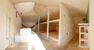 Solar-powered Caltun Shelter  (1)