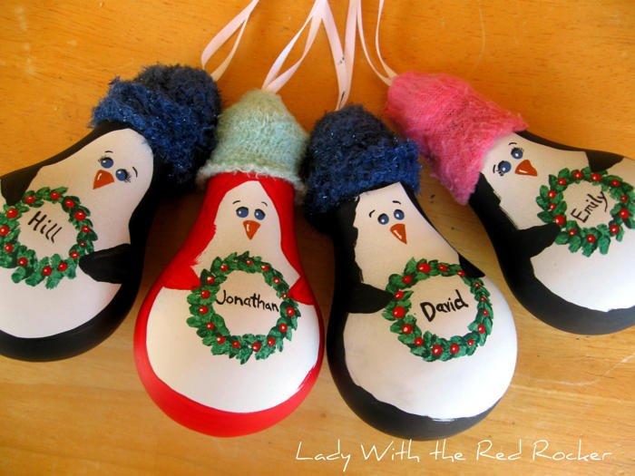 Pingüinos con bombillas para el árbol de navidad