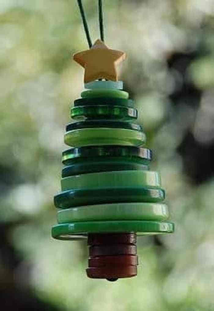 Arbolillo de navidad con botones
