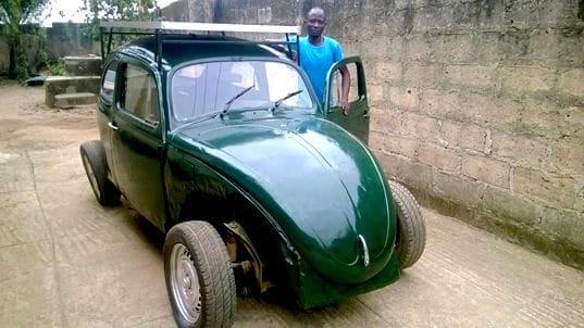 Coche solar-eólico en Nigeria