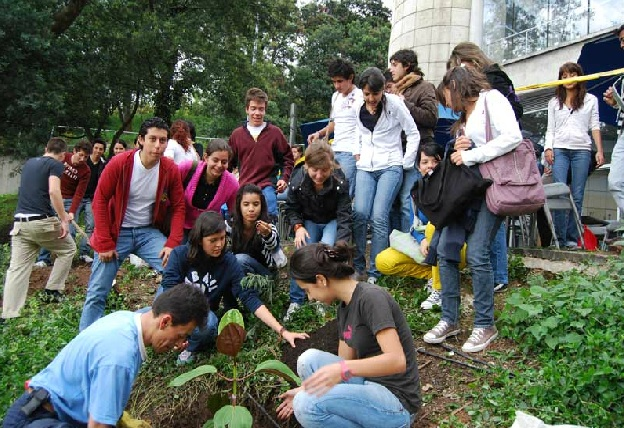 Ecological Education Improving the relationship between people and