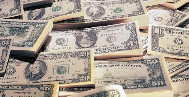 """La verdad sobre el atraso del dólar en la Argentina, según el índice """"Big Mac blue"""" y los precios del """"changuito"""""""