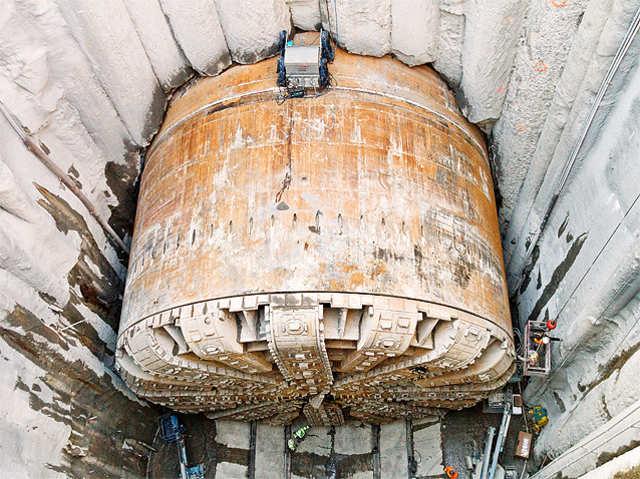 bertha-worlds-largest-tunnel-boring-machinejpg (640×479) bbbb - jack of all trades resume