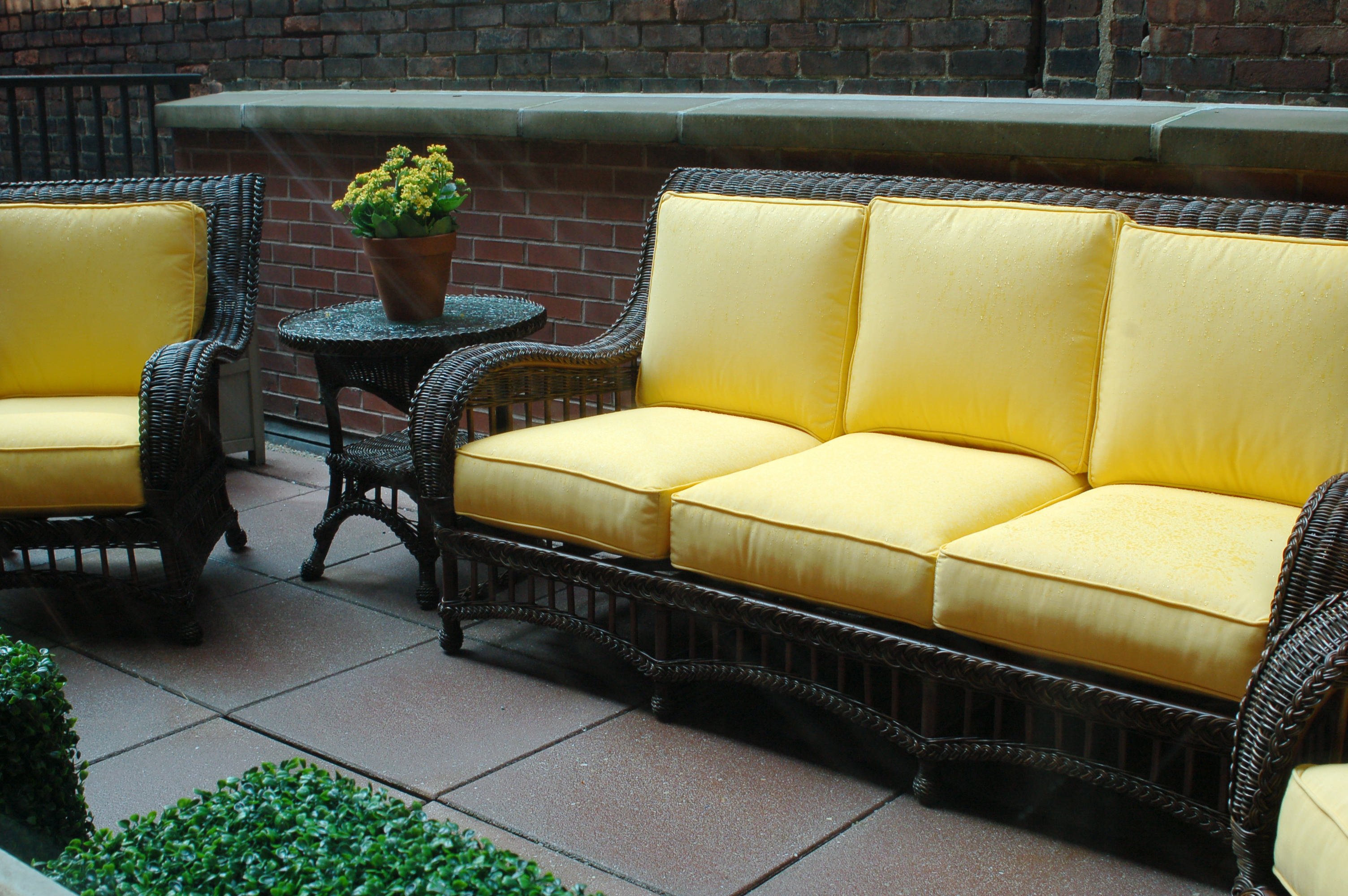 Using Outdoor Furniture Indoors 7 Patio Furniture Locations In Redwood City Econo Tree
