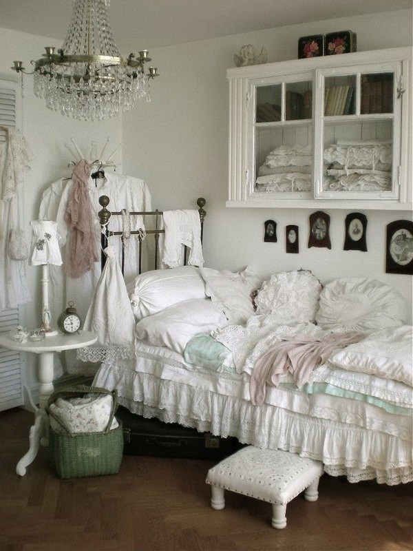 Shabby Chic Schlafzimmer 33 Cute And Simple Shabby Chic Bedroom Decorating Ideas