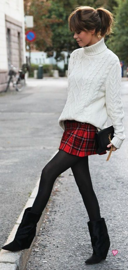 Curly Cute Hairstyles 50 Stylish Stockings Outfits For Your Fall Outfit