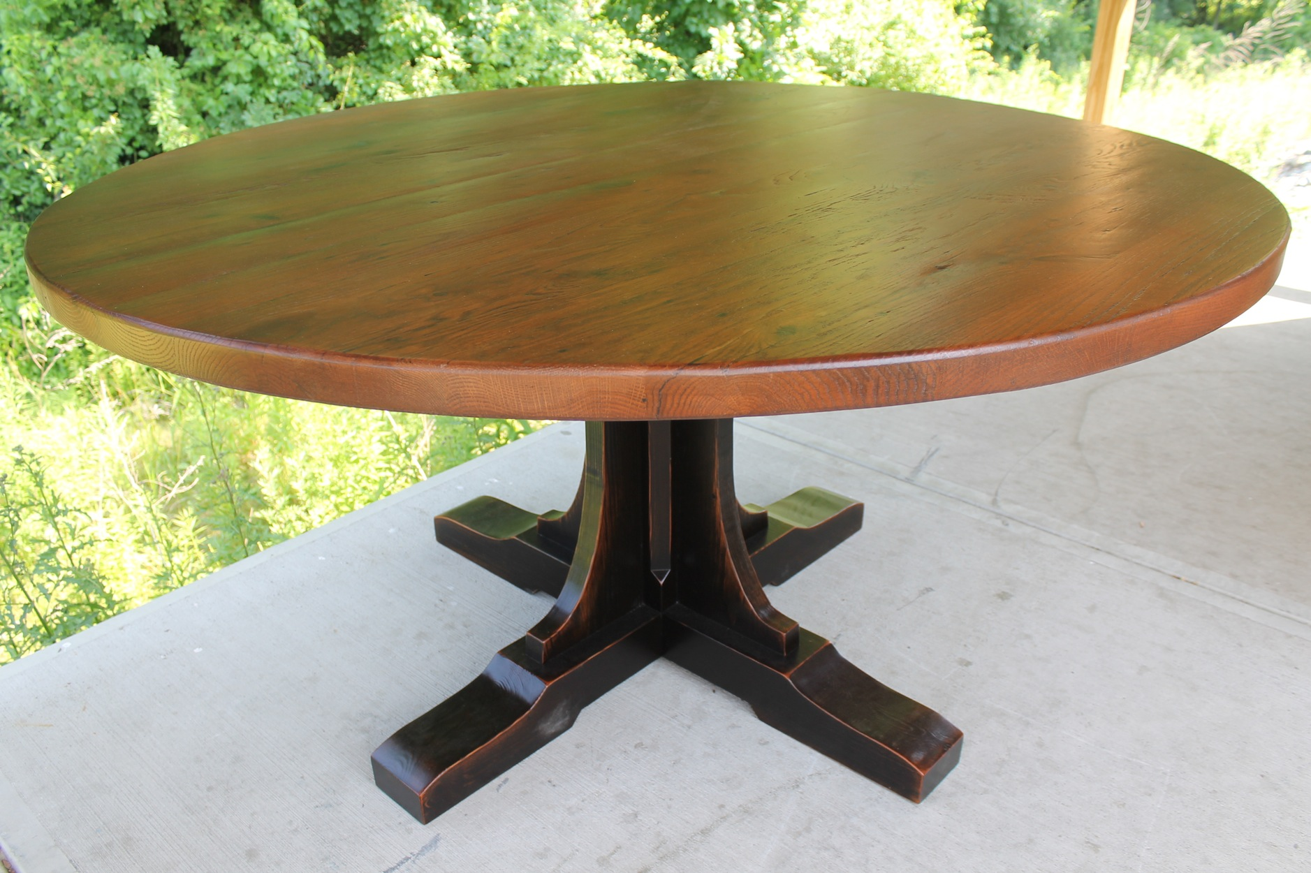 Circle Round Farmhouse Dining Table Custom Pedestal For Round Table Ecustomfinishes