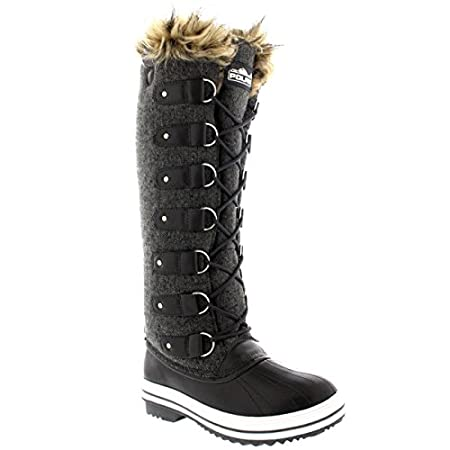Polar's cold weather footwear are a must have essential of the winter wardrobe. Ideal casual outdoor footwear for those cold winter days and suitable for those participating winter activities. This tall knee high boot has a plain upper, lace up desig...