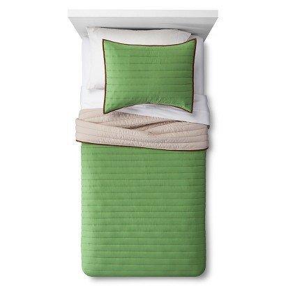 PillowfortTM-Basic-Quilt-Set-Green-Grassy-Knoll-Twin