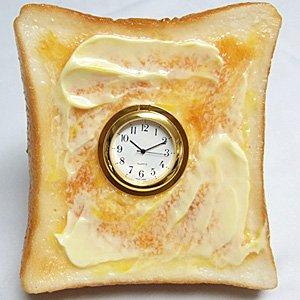 【ながお食研】(食品サンプル) トースト時計 バターが溶けたトーストに時計を埋め込みました