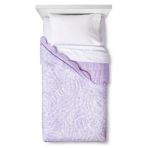 Birds-Scalloped-Edge-Quilt-Pillowfort-Violet-villa