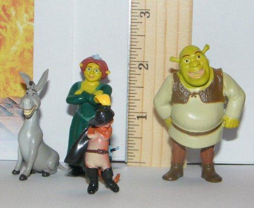 Shrek Mini Toy Figure Playset With Shrek Fiona Puss In