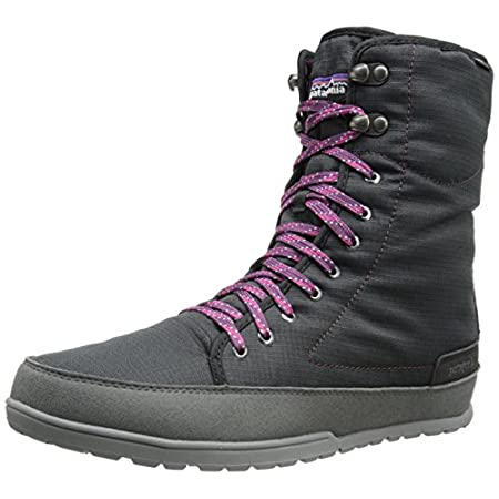 Stay high and dry in the Activist Puff high waterproof winter boot from Patagonia. Waterproof ballistic nylon upper in a winter boot style with a round toe. High abrasion synthetic suede rand. 100g synthetic loft insulation. Smooth lining, cushioning...