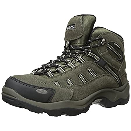 As temperatures drop and precipitation rises, get out and about in the Hi-Tec Bandera Mid Waterproof boot. Crafted of waterproof suede and high-performance mesh, this men's hiking boot includes a Dri-Tec breathable, waterproof membrane to ensure you ...