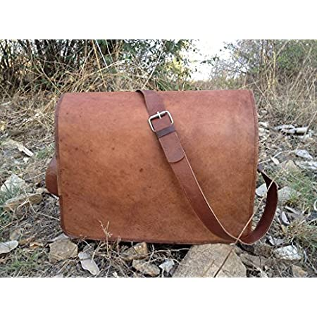 Full flap unisex messenger bag, suitable for carrying small laptop, papers, files.