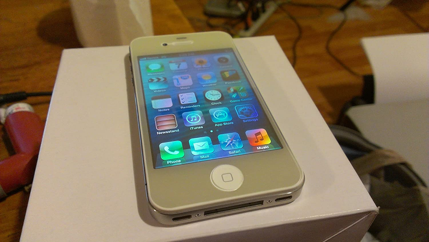 Iphone 4 8gb Libre Apple Iphone 4 8gb White No Contract Sprint Cell Phone