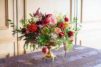 15 Christmas Flower Arrangements - Winter Holiday Flower ...