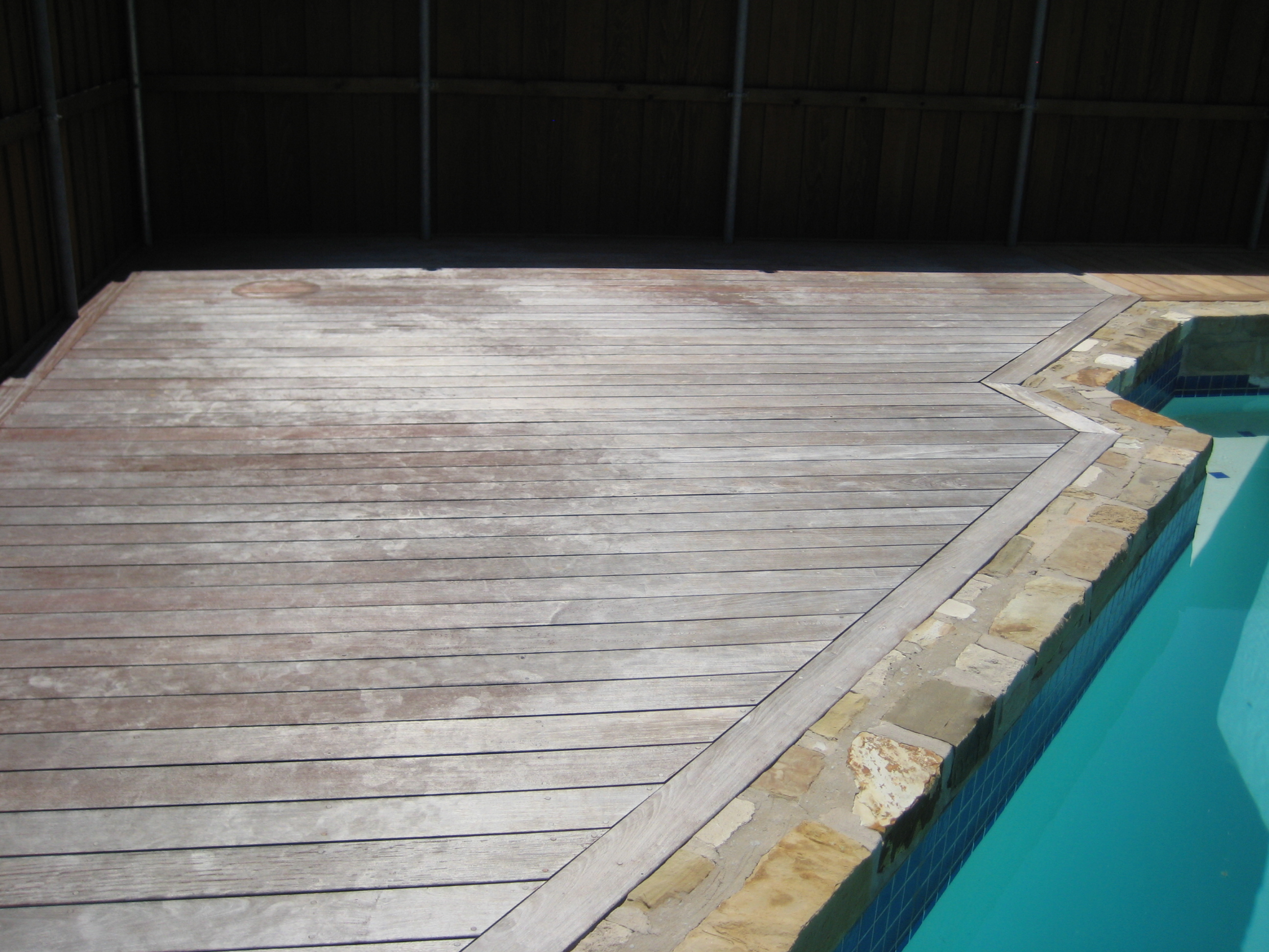 Diy Deck Cleaner How To Clean An Ipe Deck Or Other Wood Deck Edeck Inc Blog