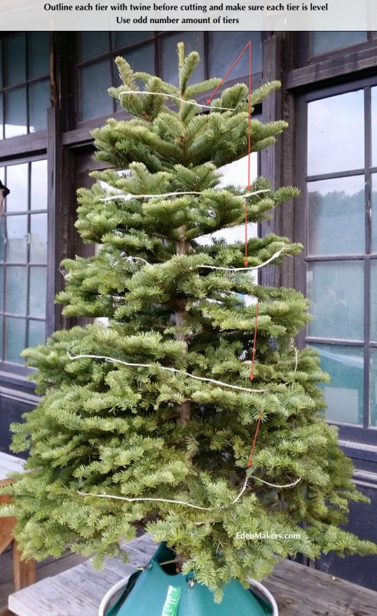 outline-christmas-tree-tiers-with-twine-before-cutting-in-vintage-style-christmas-tree-edenmakers-blog