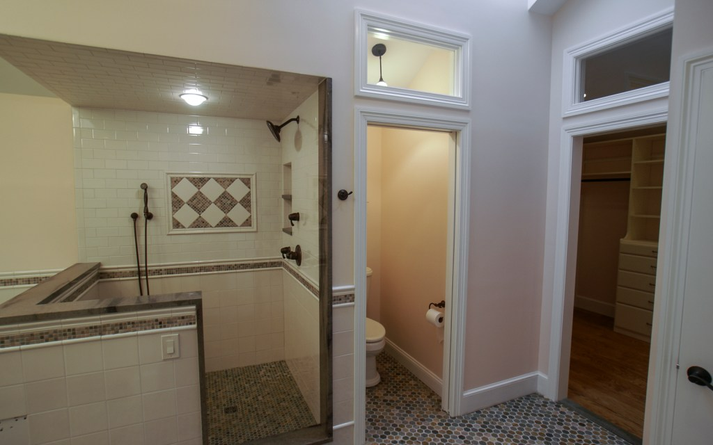 Ed-Ensign-Contracting-Bathrooms-16x10-02