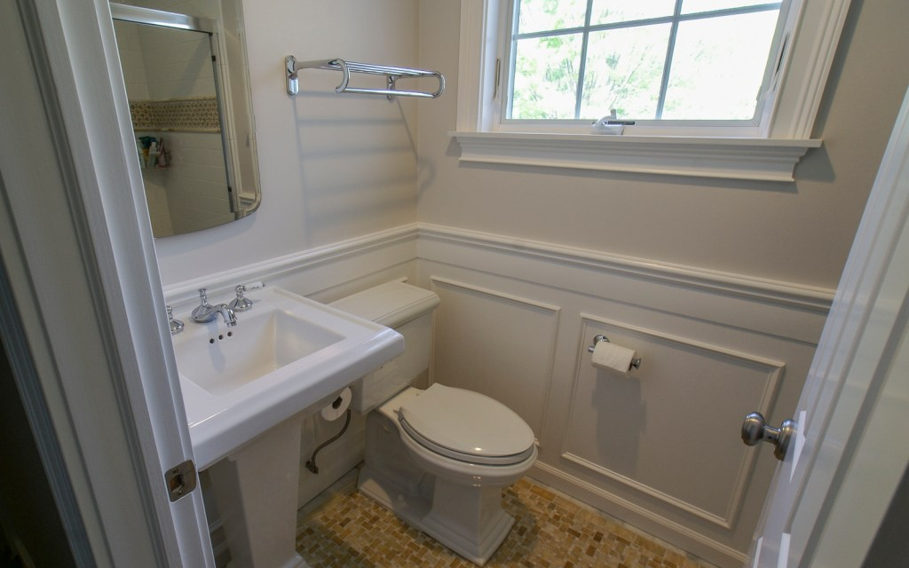 Ed-Ensign-Contracting-Bathrooms-16x10-05