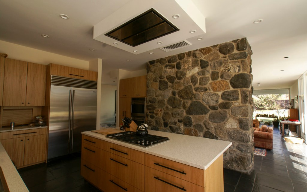 Ed-Ensign-Contracting-Kitchens-16x10-01