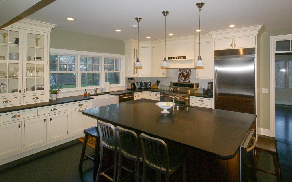 Ed-Ensign-Contracting-Kitchens-16x10-16